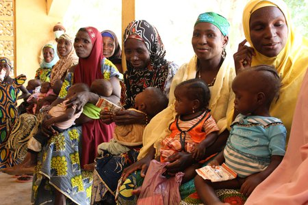 Treating malnourished children in Nigeria
